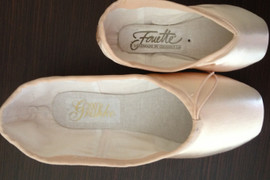 Long Feet En Pointe: A Guide For Big Pointe Shoe Sizes