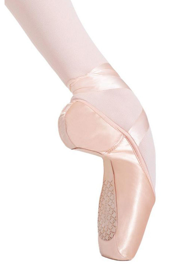 CAMBRE TAPERED TOE POINTE SHOES BY CAPEZIO 1
