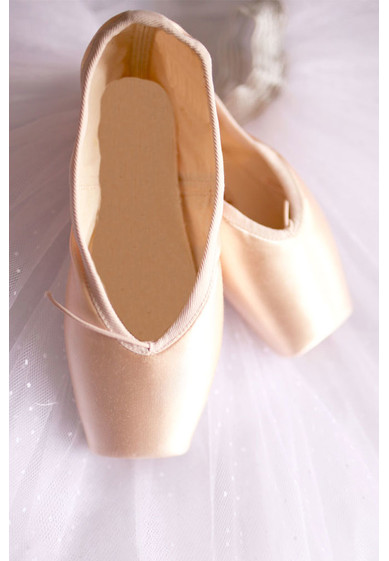 CUSTOM POINTE SHOES