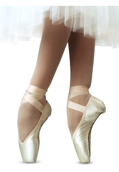 BONBE POINTE SHOES BY R-CLASS