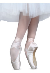 DOLCE POINTE SHOES BY R-CLASS