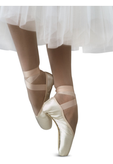 ELEGANCE POINTE SHOES BY R-CLASS