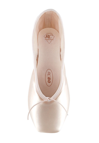 R-class Pointe Shoes
