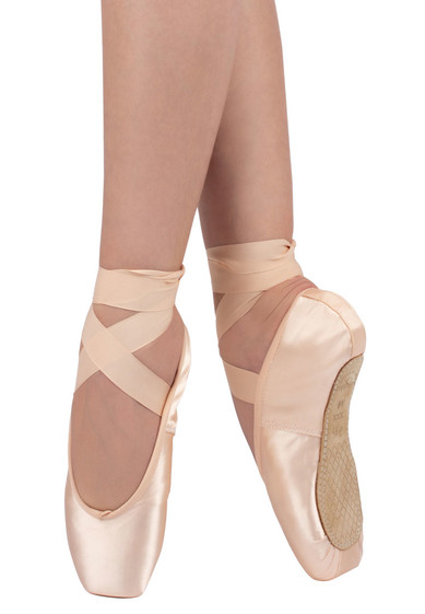 3007 POINTE SHOES BY GRISHKO