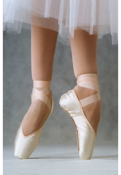 CELESTA OUTLET POINTE SHOES BY R-CLASS